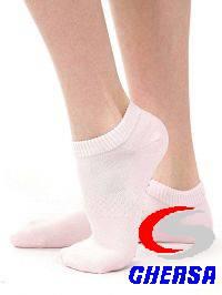 Носки детские укороченные с сеткой и противоскользящим покрытием (комплект 4 шт.)