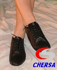 Джазовки из кожи на шнуровке
